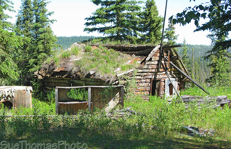 Abandoned cabin at Snag, Yukon