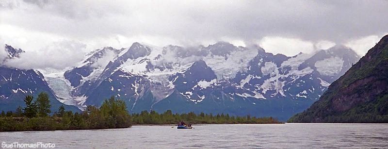 Rafting on Alsek River